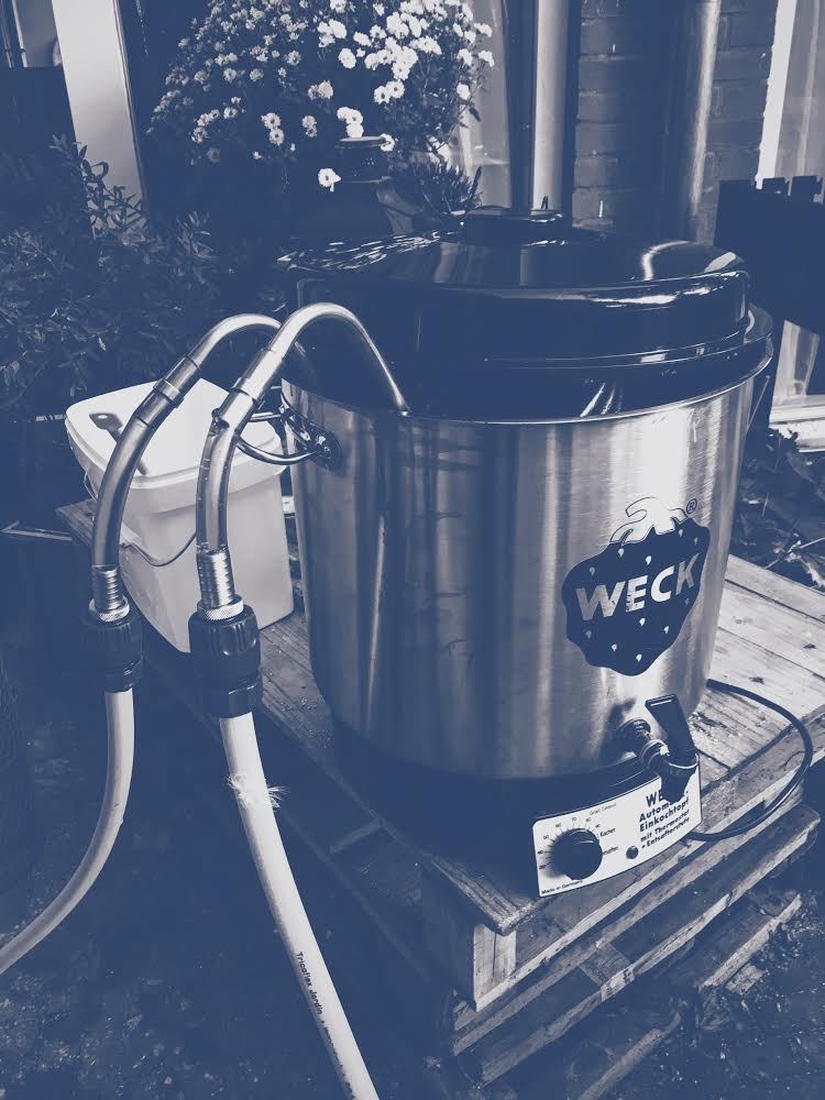 A modified kettle for brewing beer